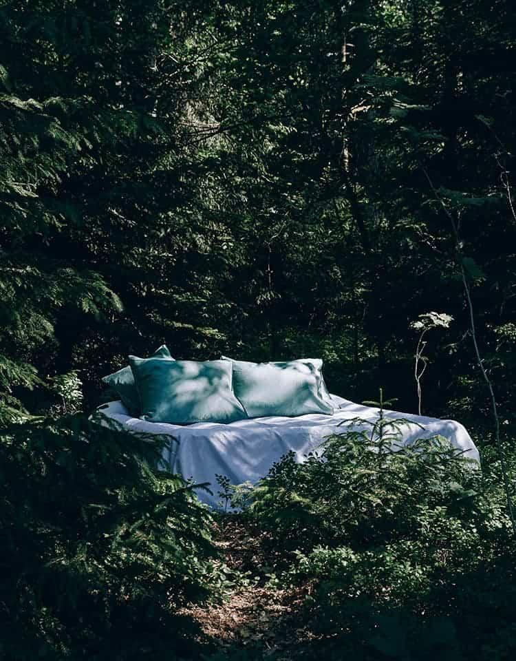 Sängkläder i ekologisk bomull online. Köp sängkläder från Alva